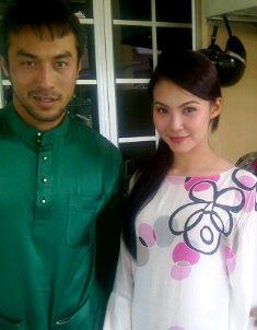 Khairul Fahmi Che Mat dan Lueniey Nikah Disember 2012